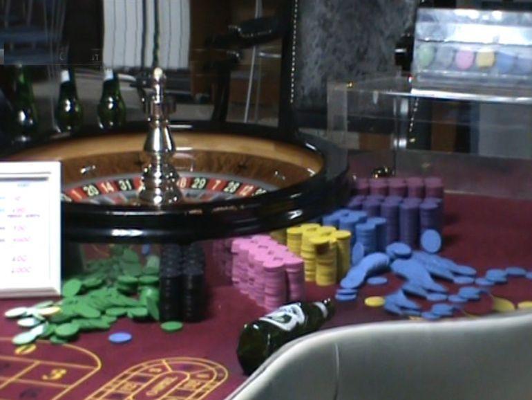 как вывести деньги с казино азино777